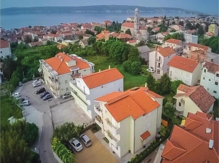 One-Bedroom Apartment with Sea View in Kastel Stari