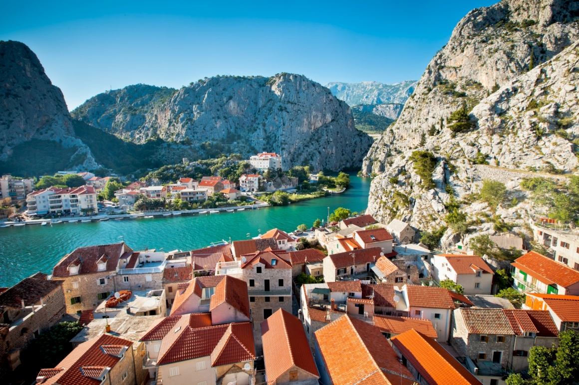 'Panorama of Omis,Croatia' - Split
